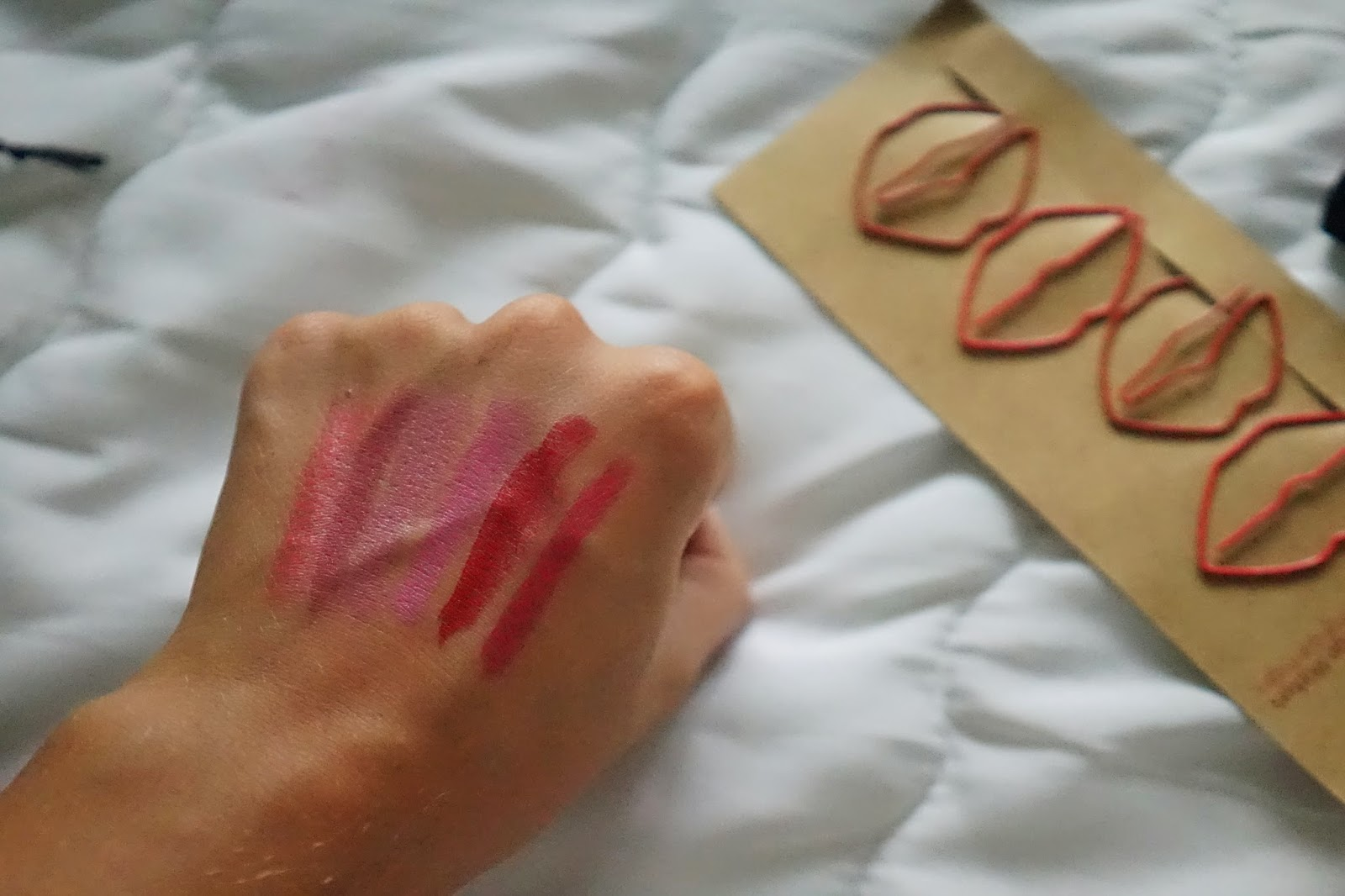 Bourjois Rouge Edition 12 Hrs swatch