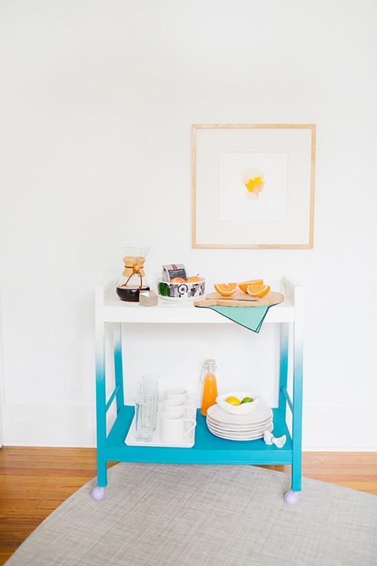 mueble bar, mesa auxiliar desayuno